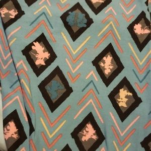 Lularoe Disney Leggings TC2